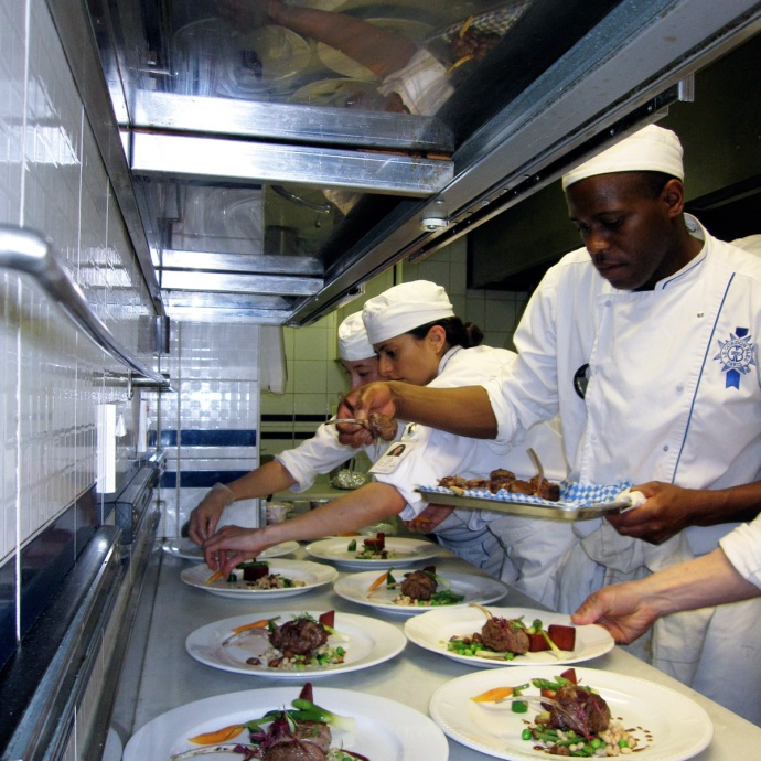 Students at Le Cordon Bleu